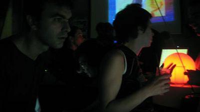 2004 LosHermanos