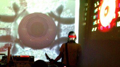 Jesse Nikette Live Performance
