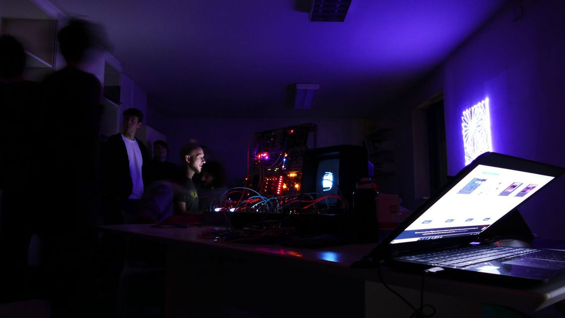 Lasers & vectors